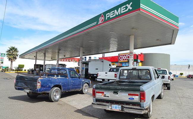 Profeco recuerda derechos a usuarios de gasolineras por nuevos precios
