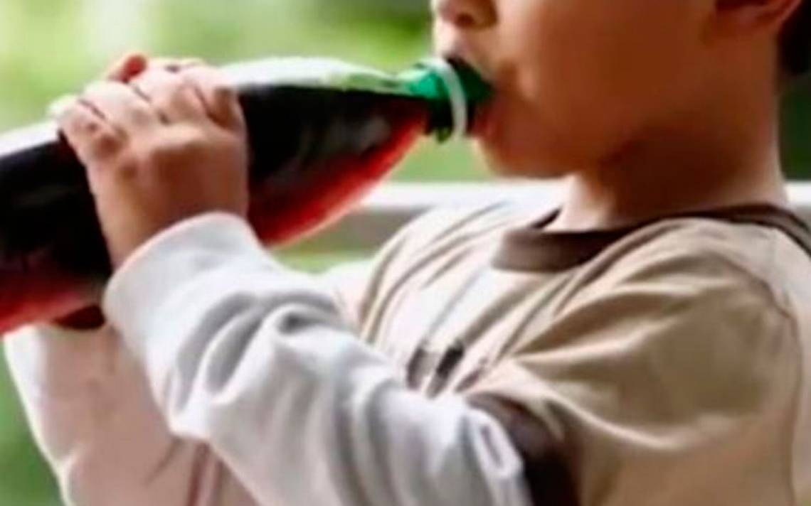 Muere niño de 3 años al tomar veneno en botella de refresco