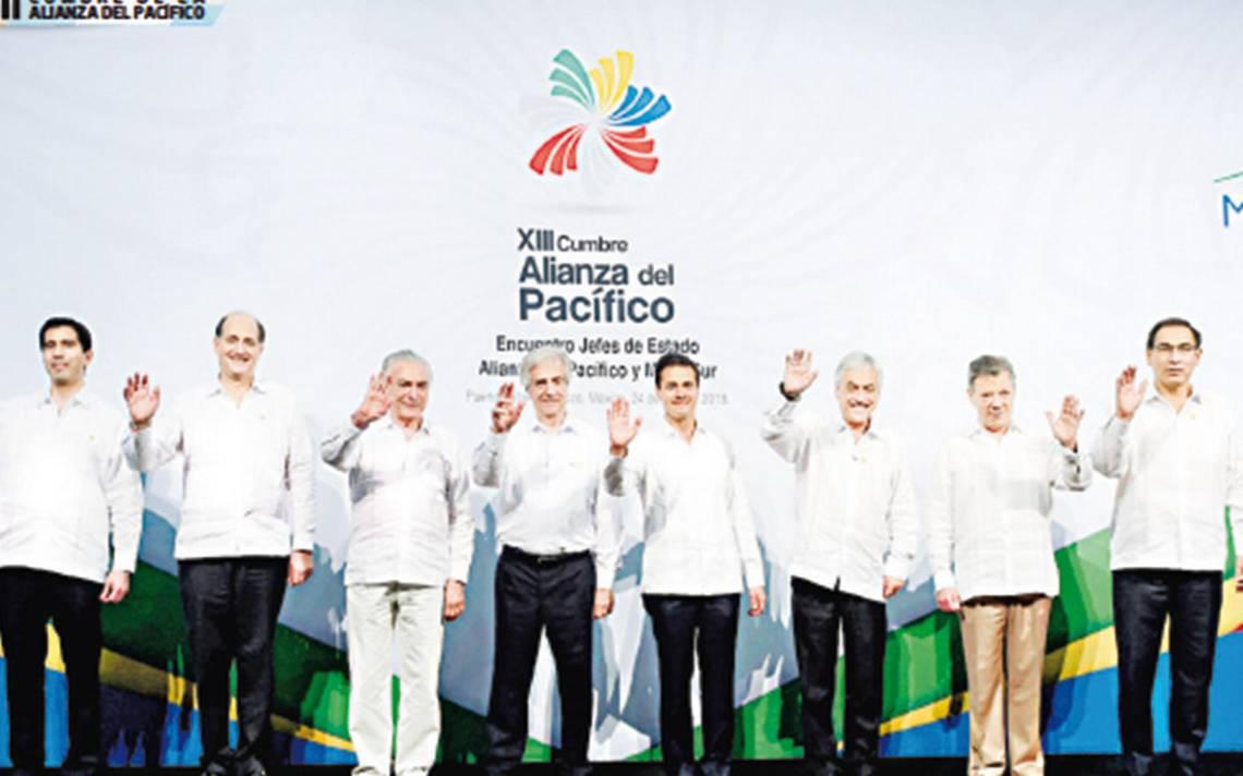 Aliados del Pacífico pactan ruta para una gran zona libre en América Latina