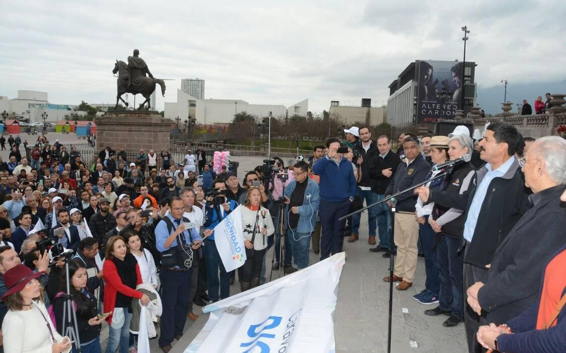 Con el presupuesto Hacienda les quita lo bronco: Javier Corral en Monterrey