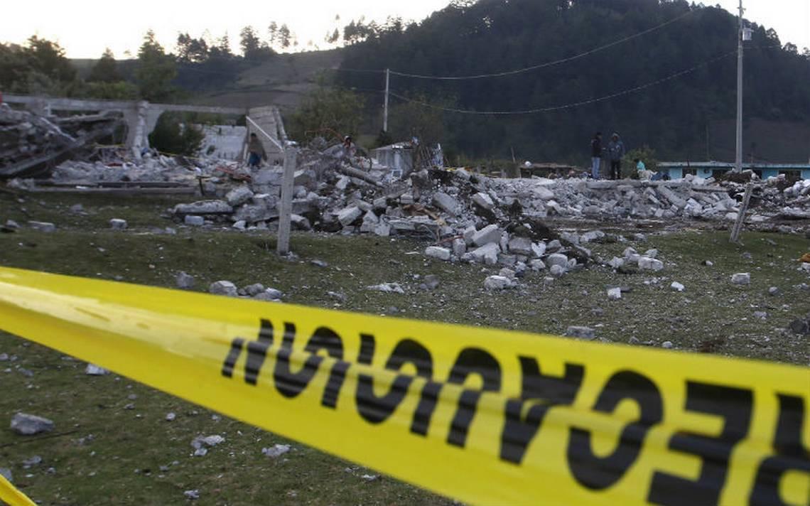 Explotan tres polvorines en Zumpango; reportan varios heridos