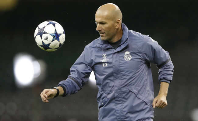 Zinedine Zidane, 45 años del crack dentro y fuera de la cancha