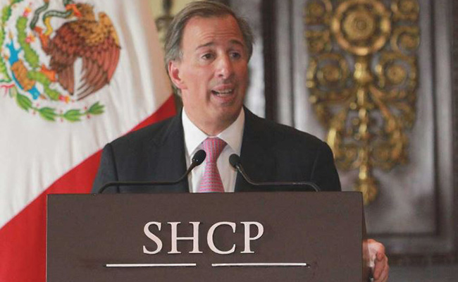 Secretaría de Hacienda recorta expectativa de crecimiento económico para 2017