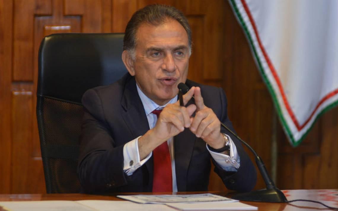 Yunes revira a AMLO, niega que orden de aprehensión contra Karime Macías sea por elecciones