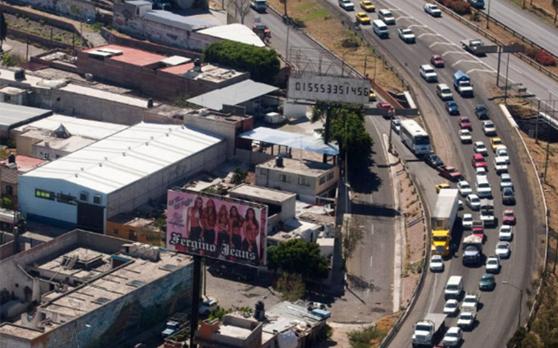 Autopista México-Querétaro, la de mayor aforo vehicular esta tarde