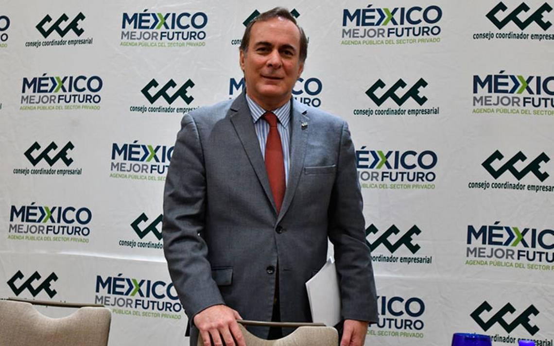 """Castañón cedió a presiones de la """"mafia del poder"""": AMLO"""