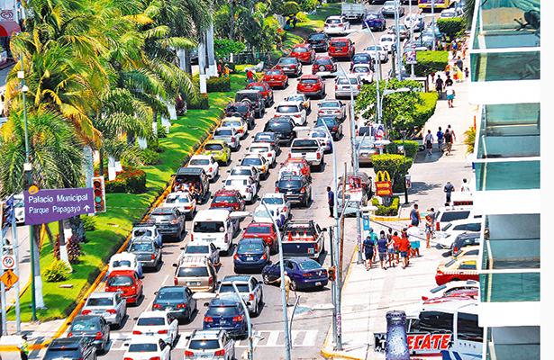 Cierran 561 negocios en Acapulco por bajas ventas