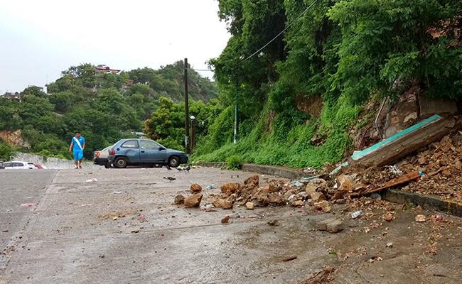 """""""Laura deja 12 muertos en República Dominicana y Haití"""""""