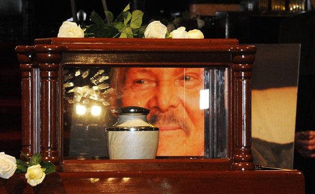 Dan último adiós a José Luis Cuevas en homenaje en Palacio de Bellas Artes