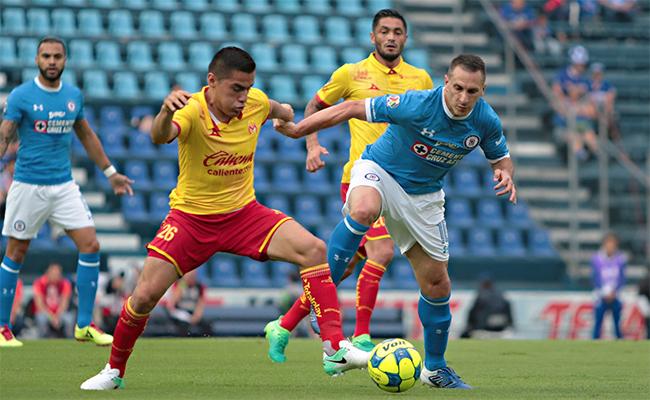 Cruz Azul vuelve a fallar y Morelia le saca el empate 1-1