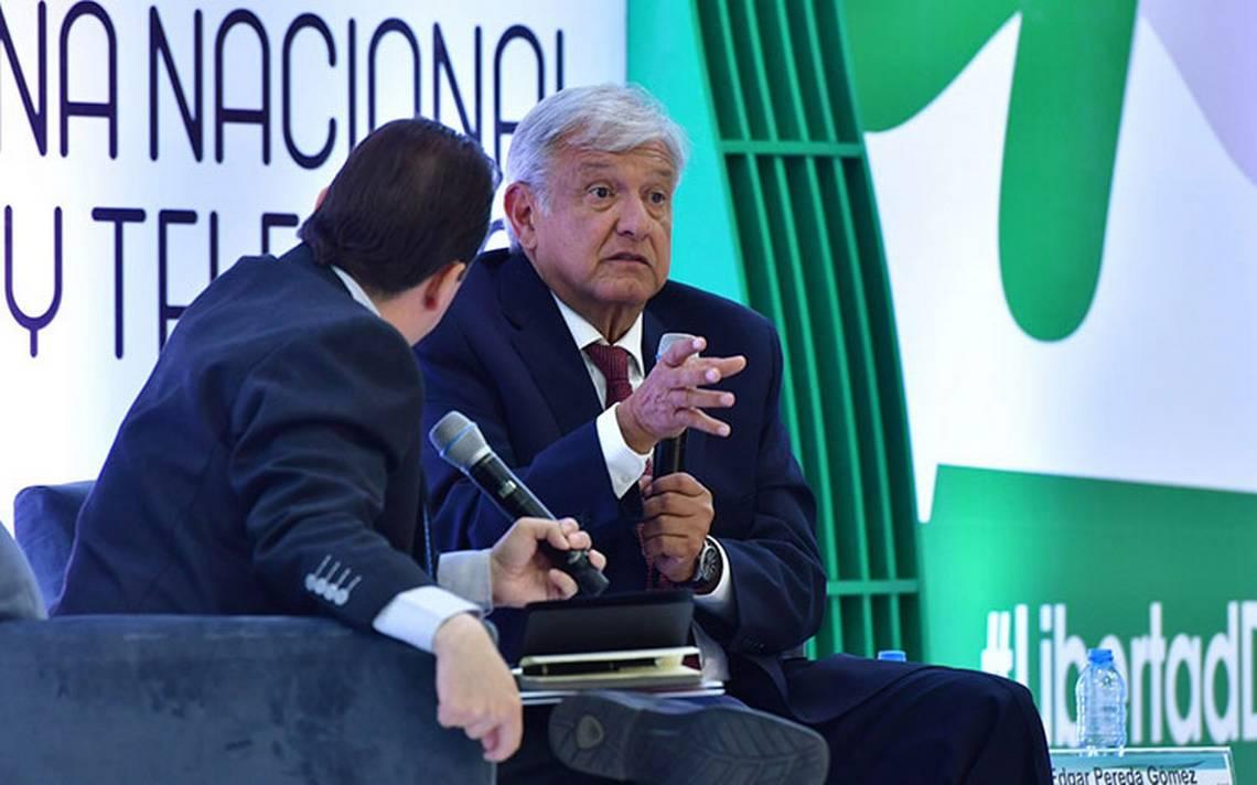AMLO contraataca a empresarios: han impedido que haya democracia y ayudaron a fraudes electorales