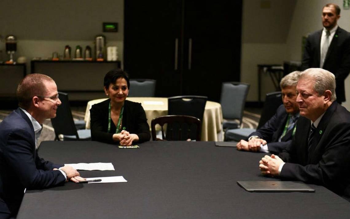 Ricardo Anaya y Al Gore dialogan sobre sustentabilidad y cambio climático