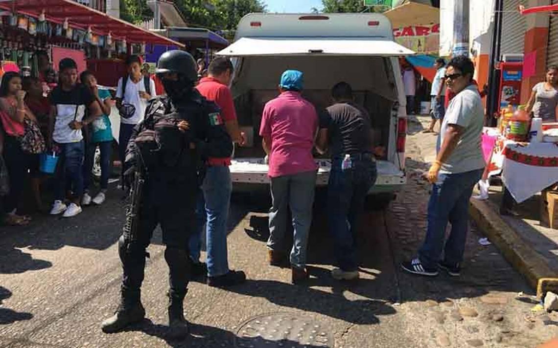 Balacera en pleno viacrucis deja dos muertos en Santa Cruz, Acapulco