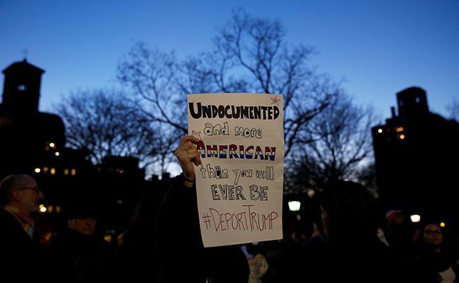 Más de mil personas marchan en Nueva York en defensa de inmigrantes