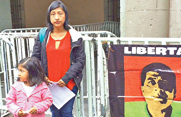 Hija de Álvaro Sebastián Ramírez reclama la libertad de su padre