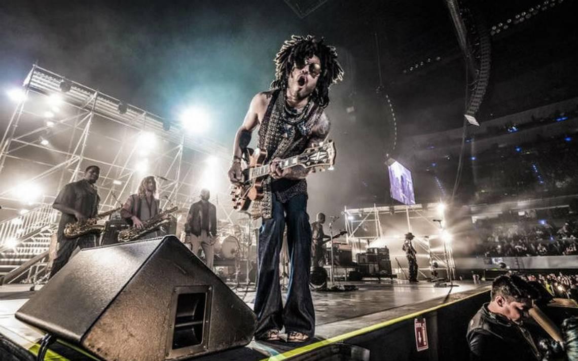 Lenny Kravitz hizo vibrar la Arena Ciudad de México con sus éxitos