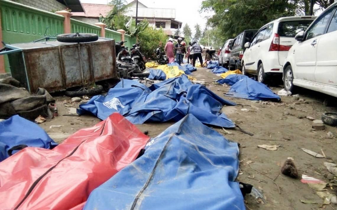 Se dispara a 832 la cifra de muertos por tsunami en Indonesia