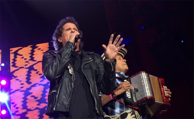 Carlos Vives cimbró el Auditorio Nacional