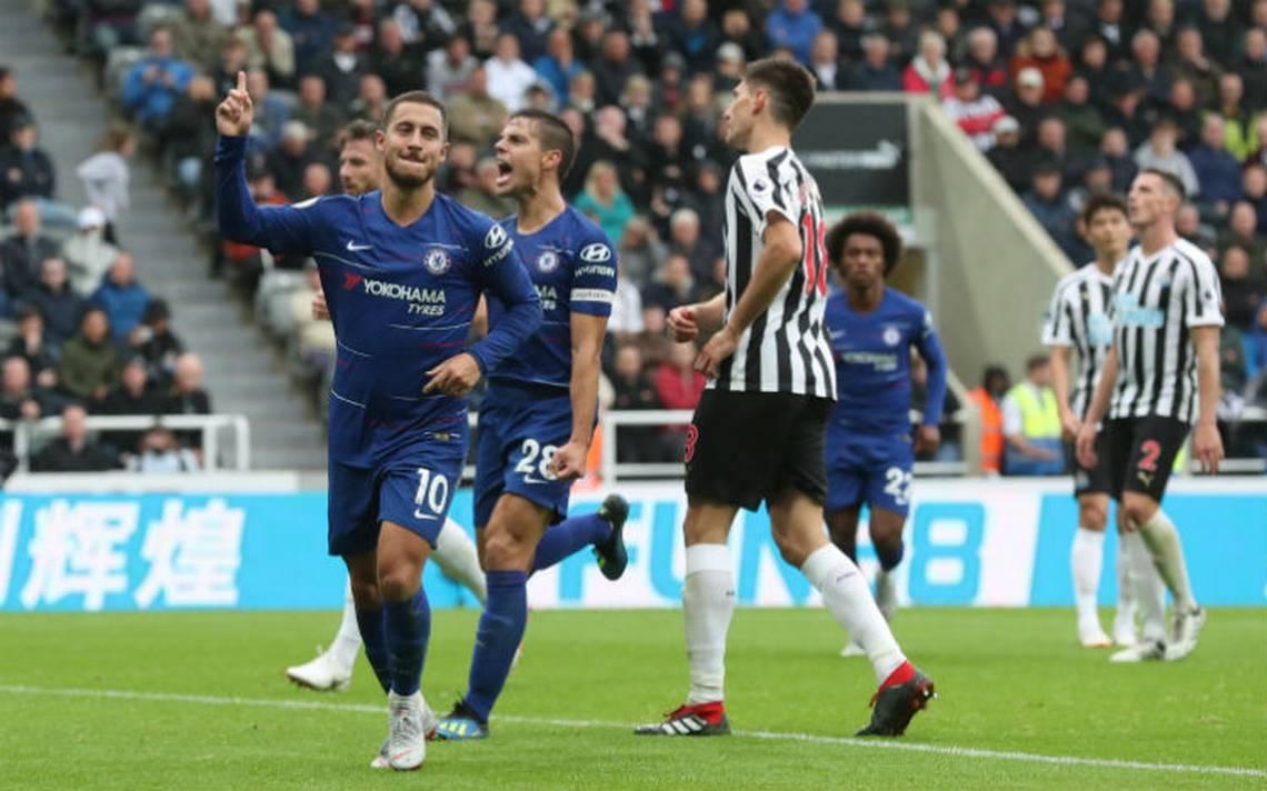 Chelsea mantiene paso perfecto, vence al Newcastle 2-1