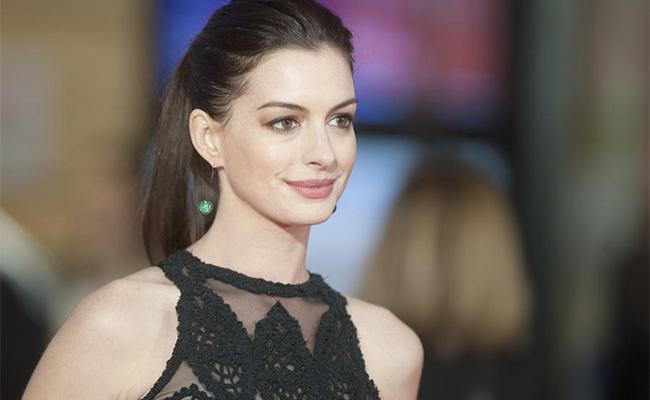 Anne Hathaway inicia el año diciéndole adiós a las redes sociales