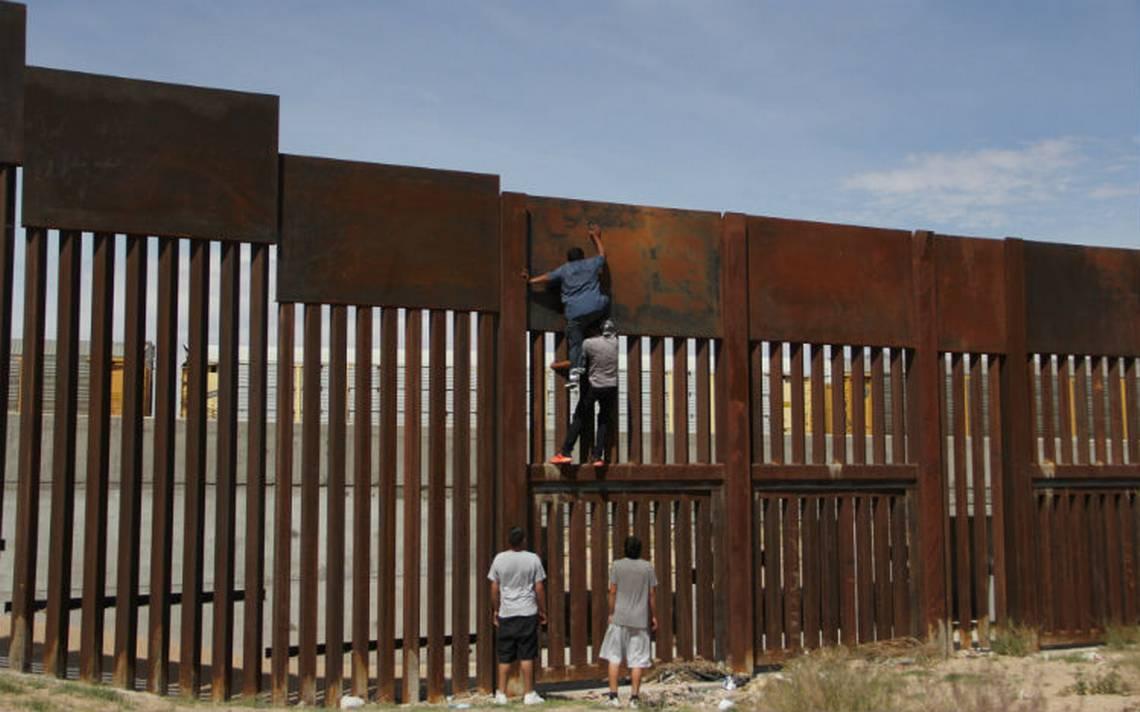 Ilusionaban a migrantes con una residencia en EU pero al final los deportaban