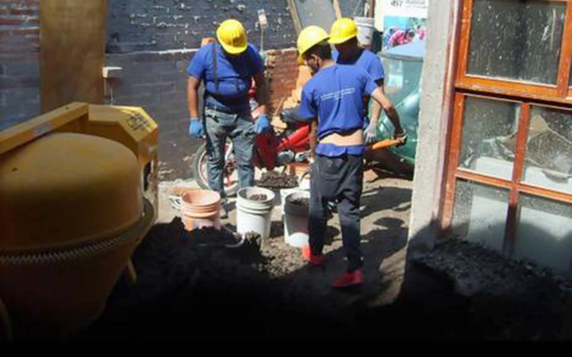 JA?venes levantan hogares; reconstruyen San Gregorio
