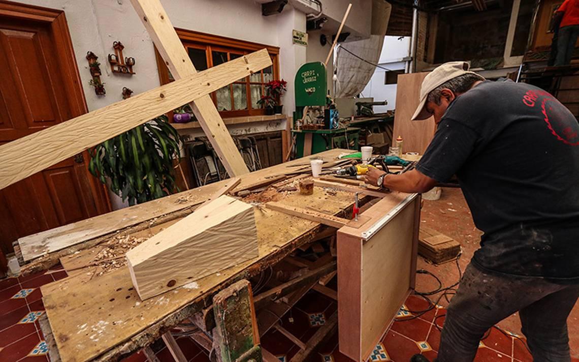 El madero del Viacrucis, la mano de obra de Don Ángel Juárez