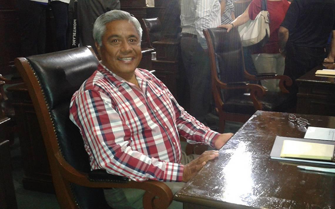 Dan formal prisión a candidato de Morena vinculado a Los Rojos