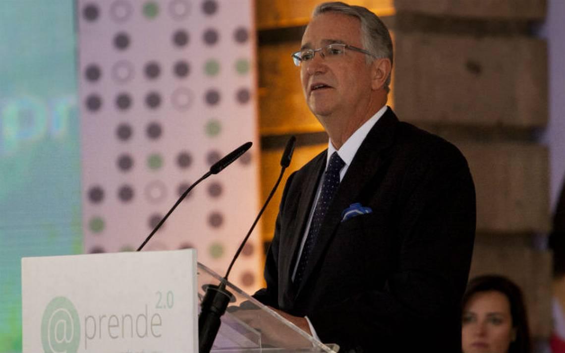 Dueño de TV Azteca pide legalizar las drogas en México