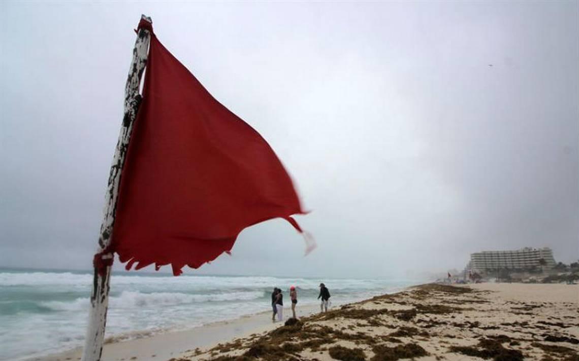 Tormenta Alberto se aleja de Cuba tras provocar intensas lluvias