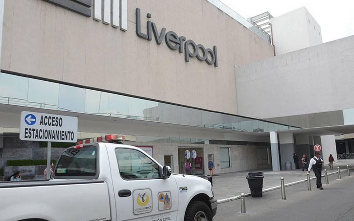 Usan mazos para robar joyería en Liverpool de Plaza Perisur