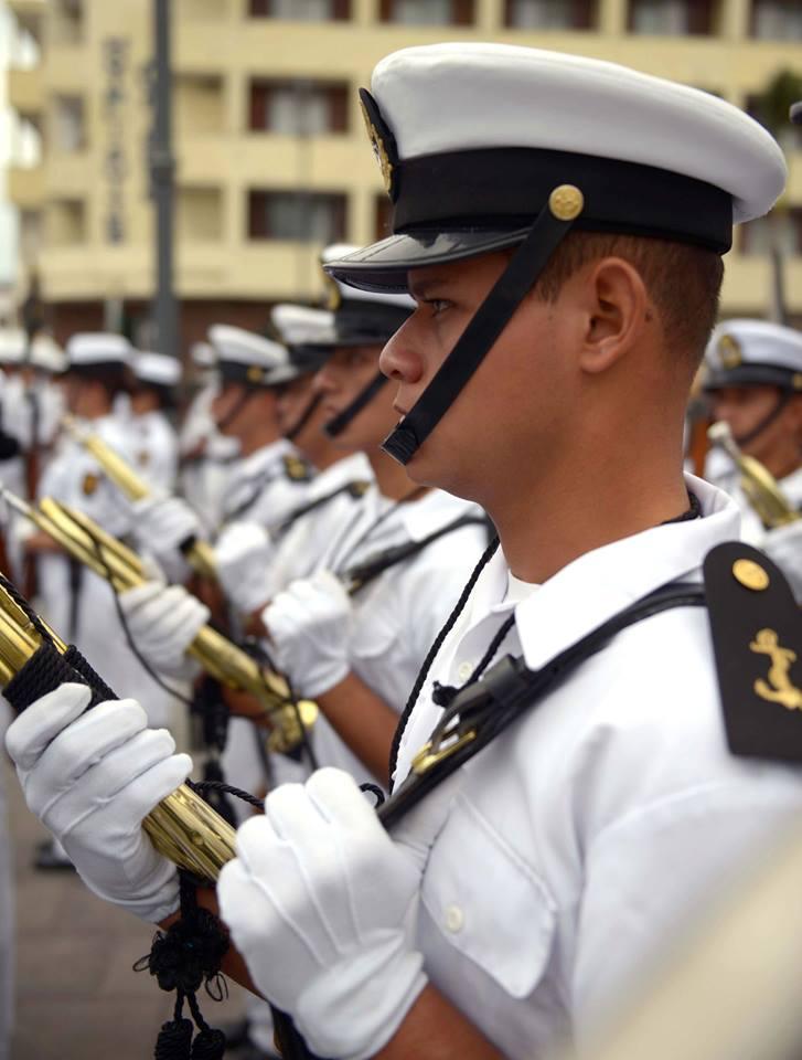 Protestan marinos mercantes contra militarización