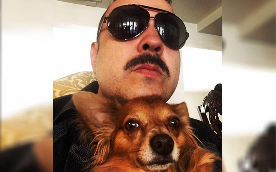 """[Video] Pepe Aguilar sufre gran pérdida: aerolínea le entrega muerto a """"Cucho"""", su perro"""