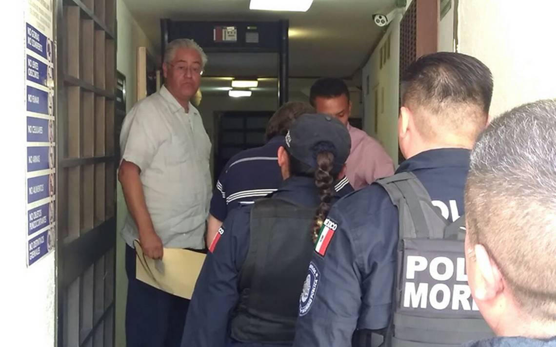 Sindicato de UAEM desiste de acusación contra exrector