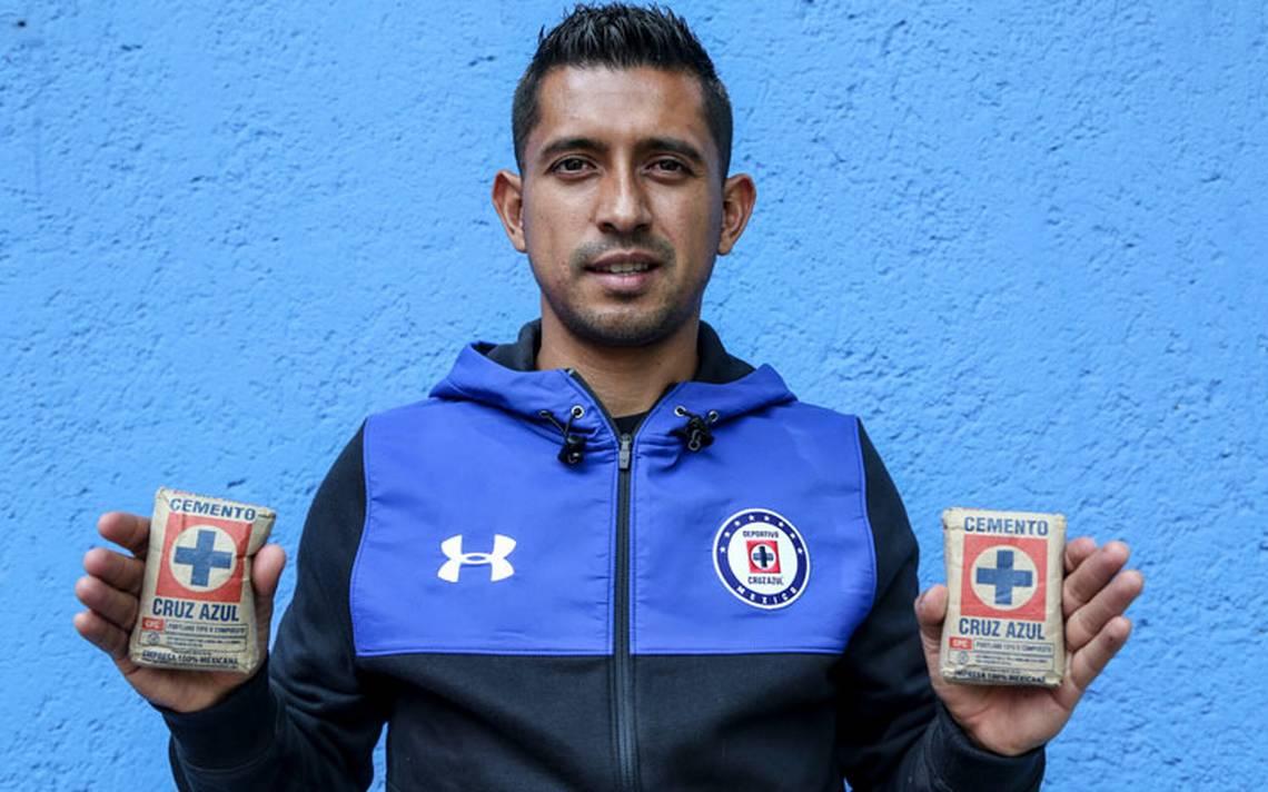 Elías Hernández pieza clave en el buen paso de la máquina de Cruz Azul