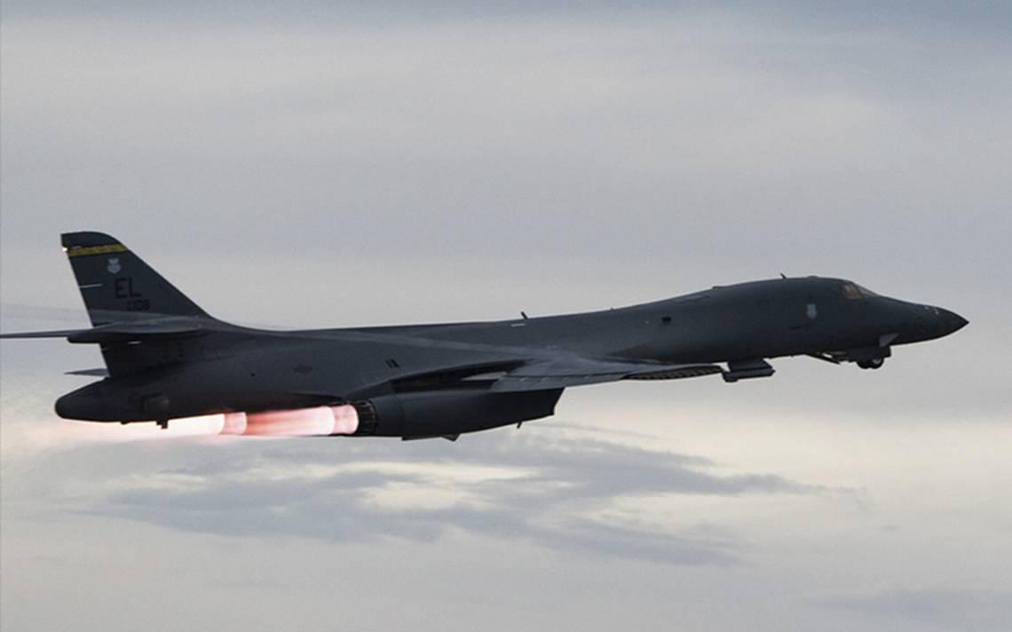 Bombarderos de EU vuelan sobre sobre península coreanana