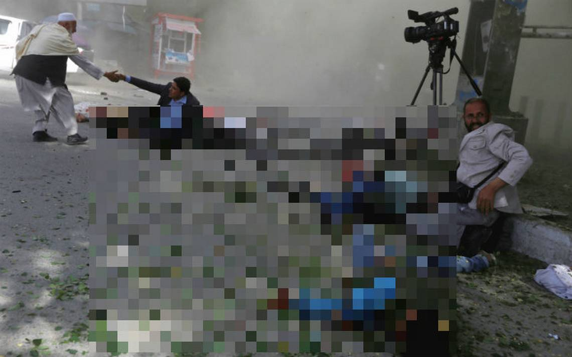 AfganistA?n rinde tributo a once periodistas muertos en DA�a Libertad de Prensa