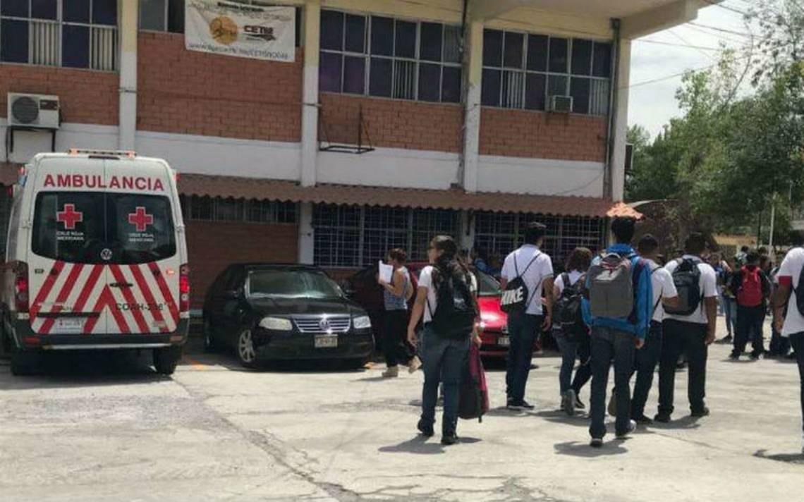 Sale mal experimento de química en Cetis de Coahuila, explosión deja 10 heridos
