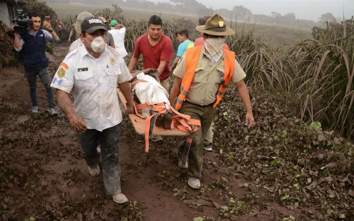 Sube a 62 cifra de muertos por erupción del volcán de Fuego