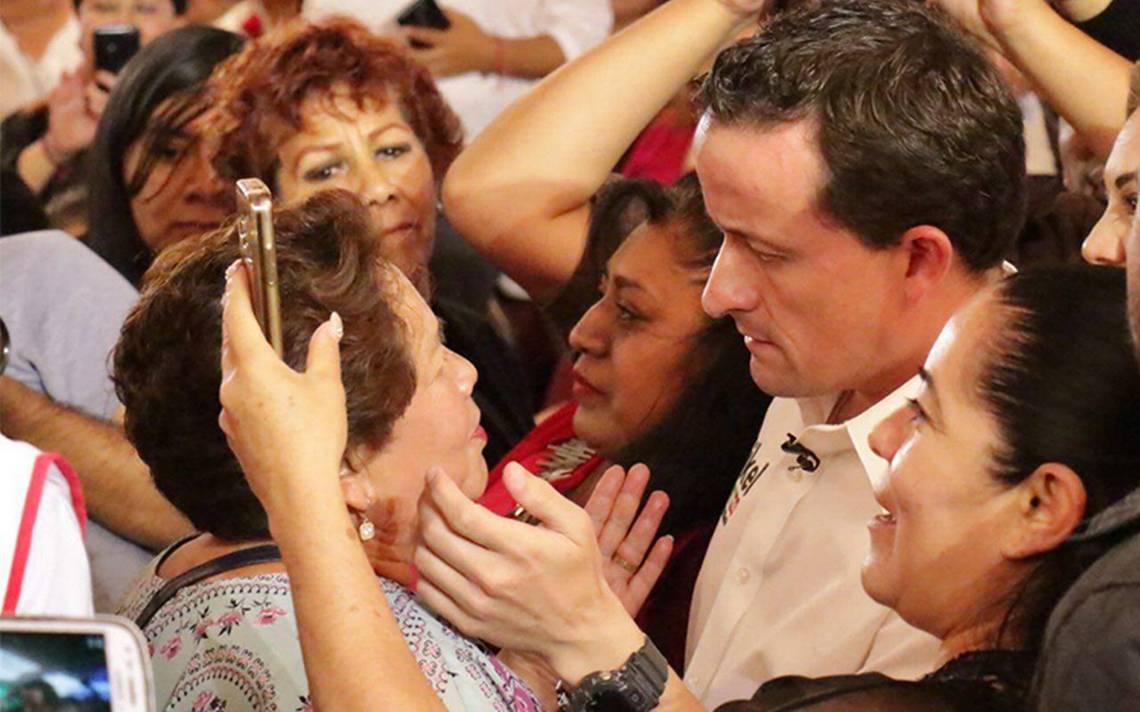 Mikel Arriola promete apoyos económicos a mil 200 mujeres en Álvaro Obregón