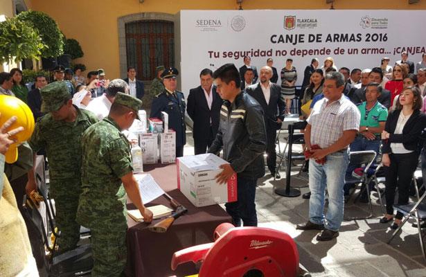 Inicia campaña de canje de armas en Gómez Palacio