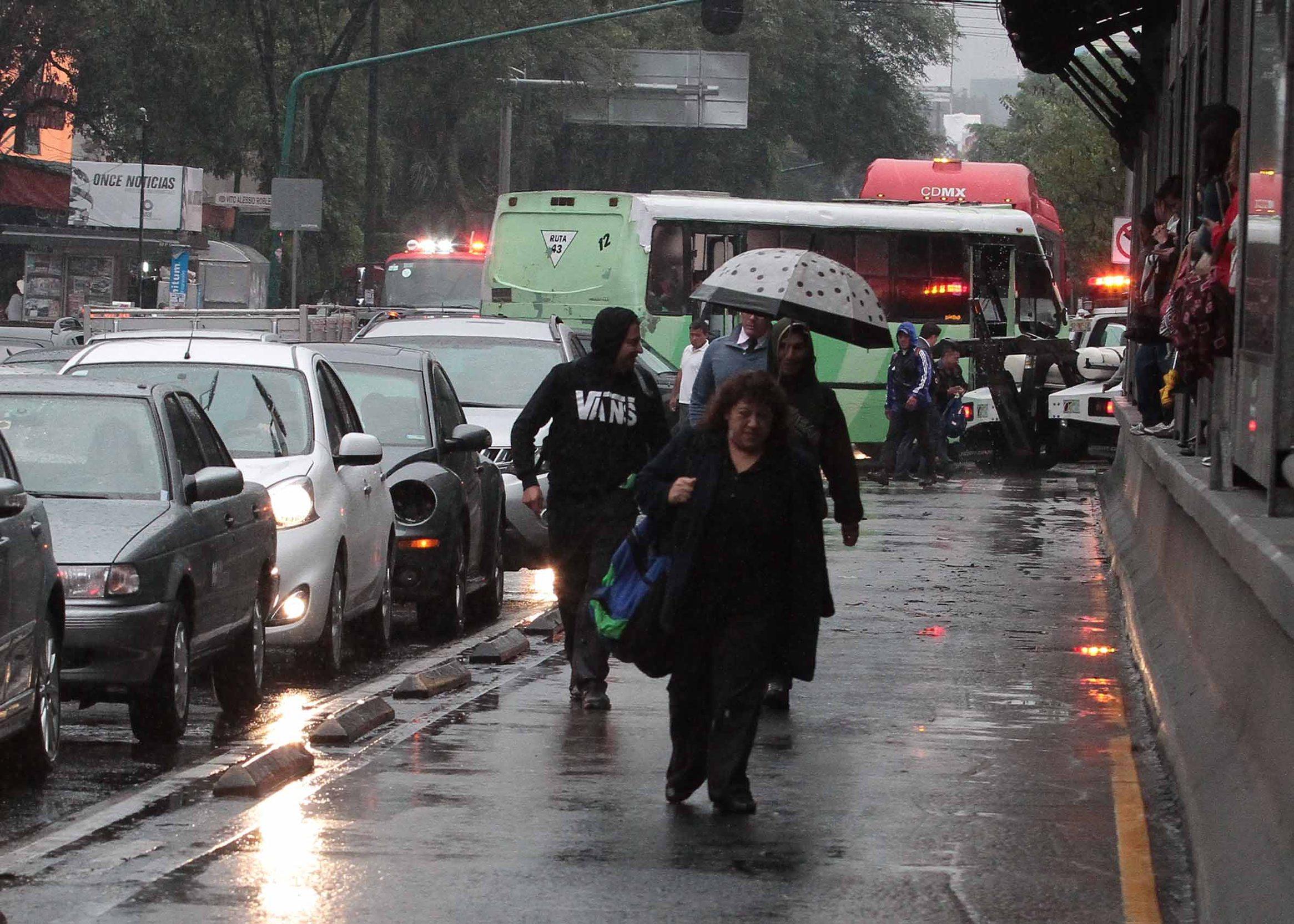 Pronostican 80 por ciento de probabilidad de lluvias en el Valle de México