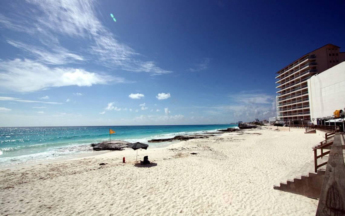 Trabajadores de la industria hotelera y gastronómica buscan trabajo en otra playa