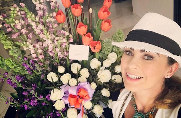 Aracely Arámbula afirma estar enamorada de… ¿Rafael Amaya?