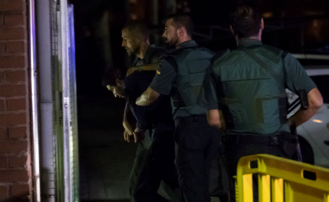 Terroristas de Barcelona planeaban ataque mayor con explosivos a monumentos