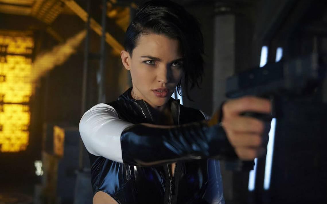 """De presidiaria a superheroína, Ruby Rose es la nueva """"Batwoman"""""""