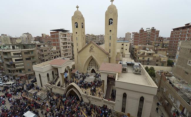 Reivindica EI los dos atentados contra las iglesias en Egipto