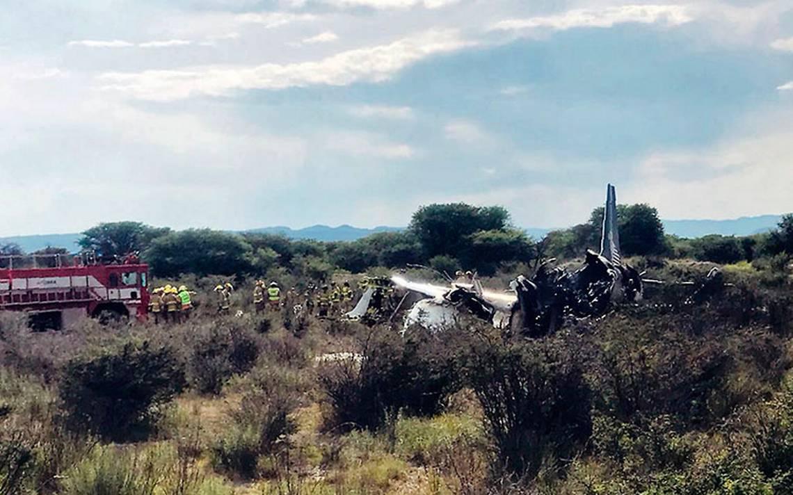 SRE apoya a pasajeros extranjeros de avión siniestrado en Durango
