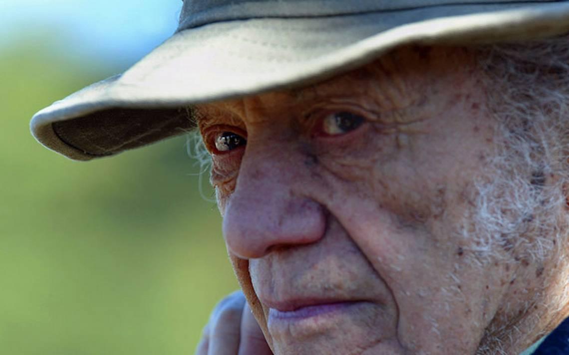 """Chile despide frente al mar a su """"antipoeta"""" Nicanor Parra"""