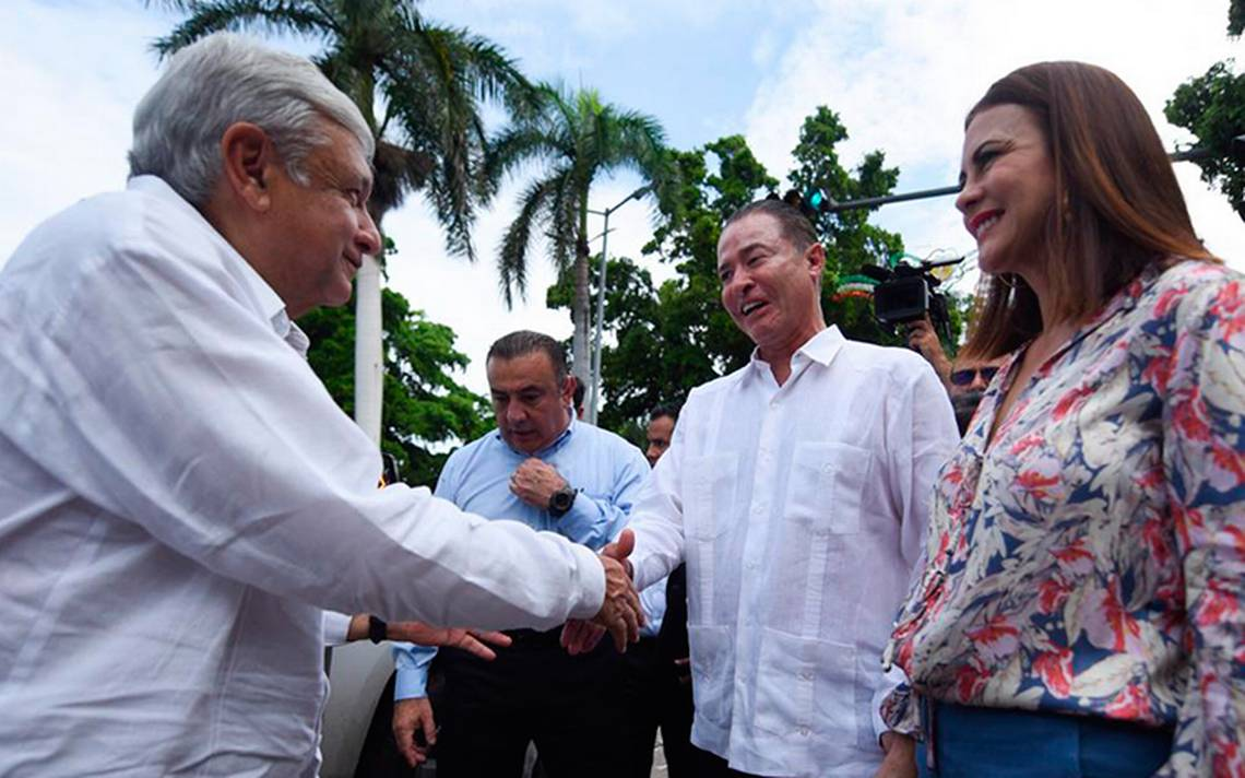 Estoy en deuda con Sinaloa, vamos contra la delincuencia pero con otro enfoque: AMLO